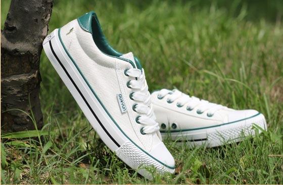 潮人必会的帆布鞋鞋带花样系法