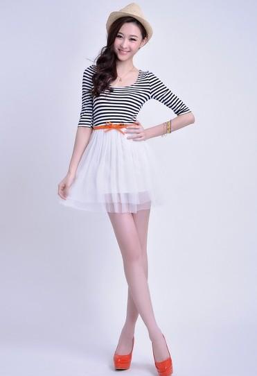 小清新蓬蓬纱条纹连衣裙