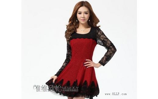 高腰蕾丝连衣裙