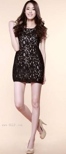 蕾丝短袖连衣裙