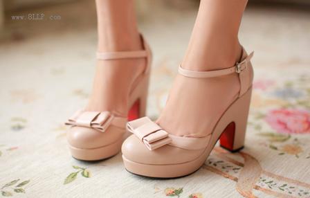 甜美系带拼色凉鞋