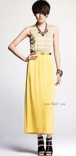 时尚条纹修身黄色连衣裙