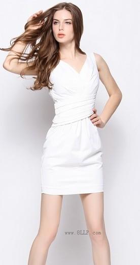纯色褶皱背心裙