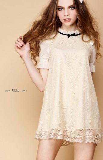 华丽蝴蝶结金蕾丝连衣裙