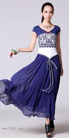 腰绳装饰V领雪纺连衣裙