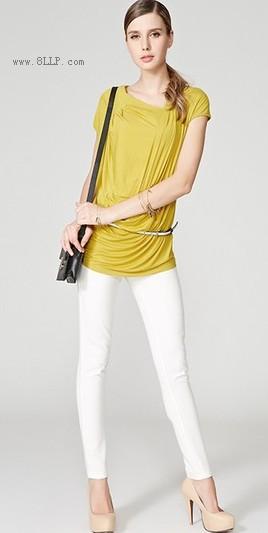 罗马褶皱不规则领口纯色T恤
