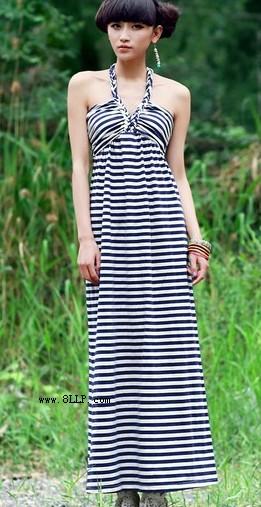 蓝白条纹吊带抹胸连衣长裙