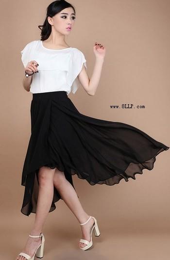纯色百褶半身长裙