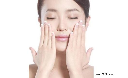肌肤美白有窍门 打造光滑水嫩肌