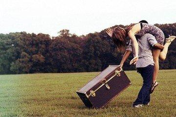 那个一遍又一遍伤害你的人,你为什么还要爱?