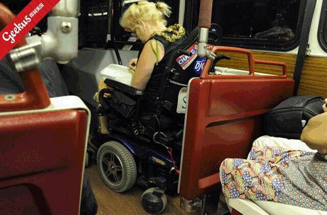 美国公交车