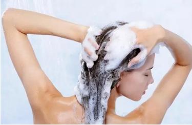 老掉发可能是洗头方法错了!这10个洗头错误,让你洗发变毁发!